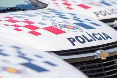 Durante agressão, mulher relata que foi atingida por óleo quente; homem foi preso