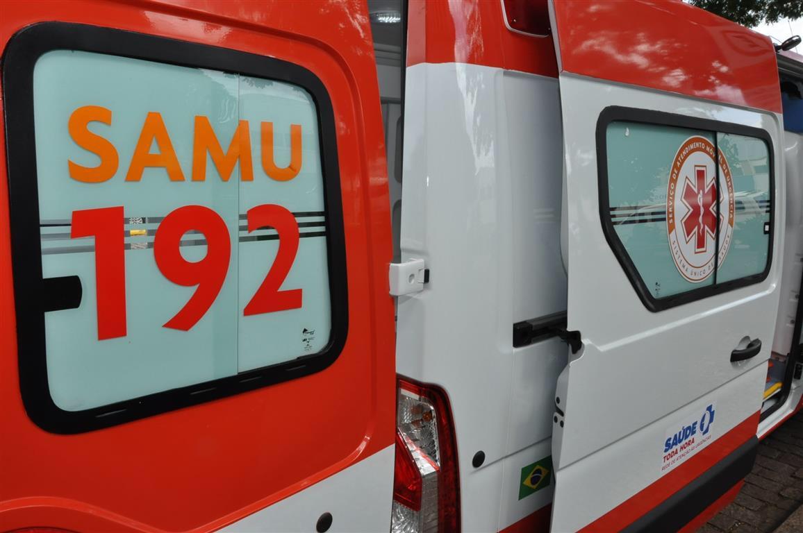 Motorista morre durante choque entre caminhões na Castello, em Bofete