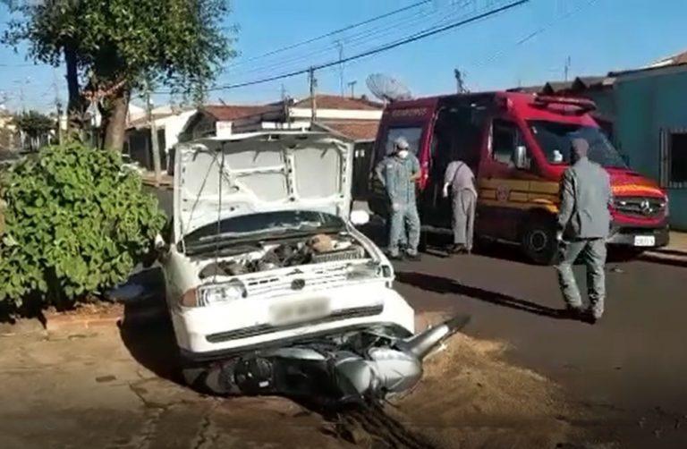 Motorista tem mal súbito e bate em dois veículos e uma moto em Jaú